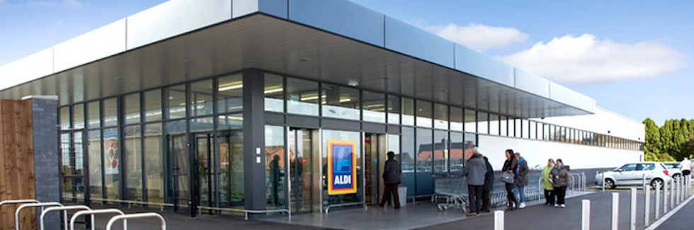 aldis marketing strategy Aldi marketing mix topics: marketing another key focus of aldi's marketing strategy is on demonstrating that aldi brands are of equal quality to well known brands such as heinz and fairy liquid.