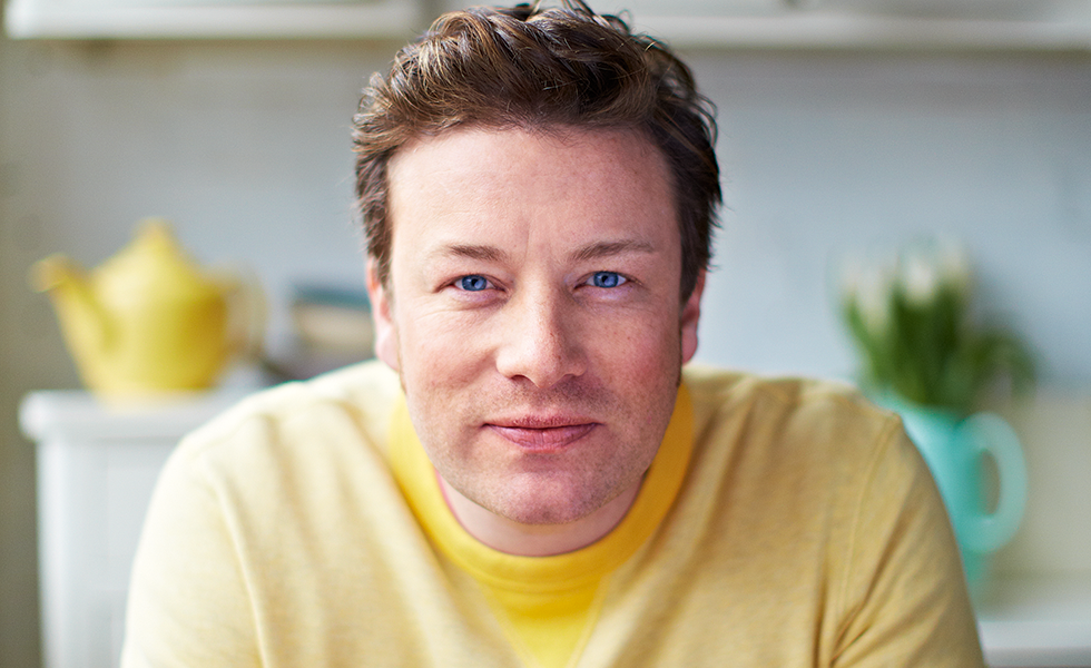 jamie oliver Jamie oliver was catapulted to fame at the age of 23, with series the naked chef in 1998 he went on to be the face of sainsbury's and lead a healthy eating movement with jamie's school dinners in 2005 and won an mbe for his efforts.